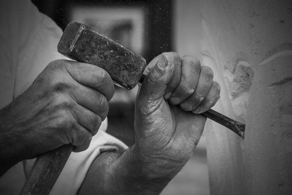 The hands of a sculptor at work